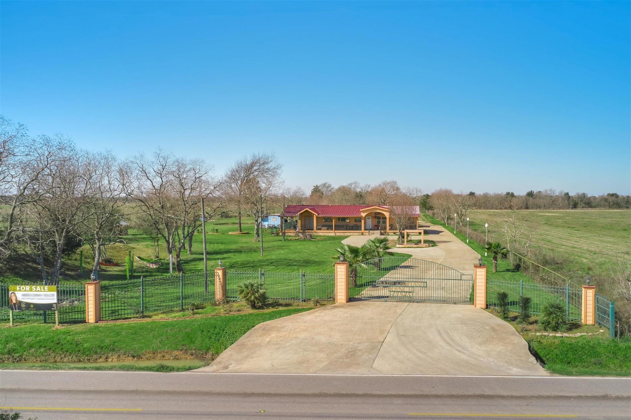 13935 Katy Hockley Road Property Photo - Hockley, TX real estate listing