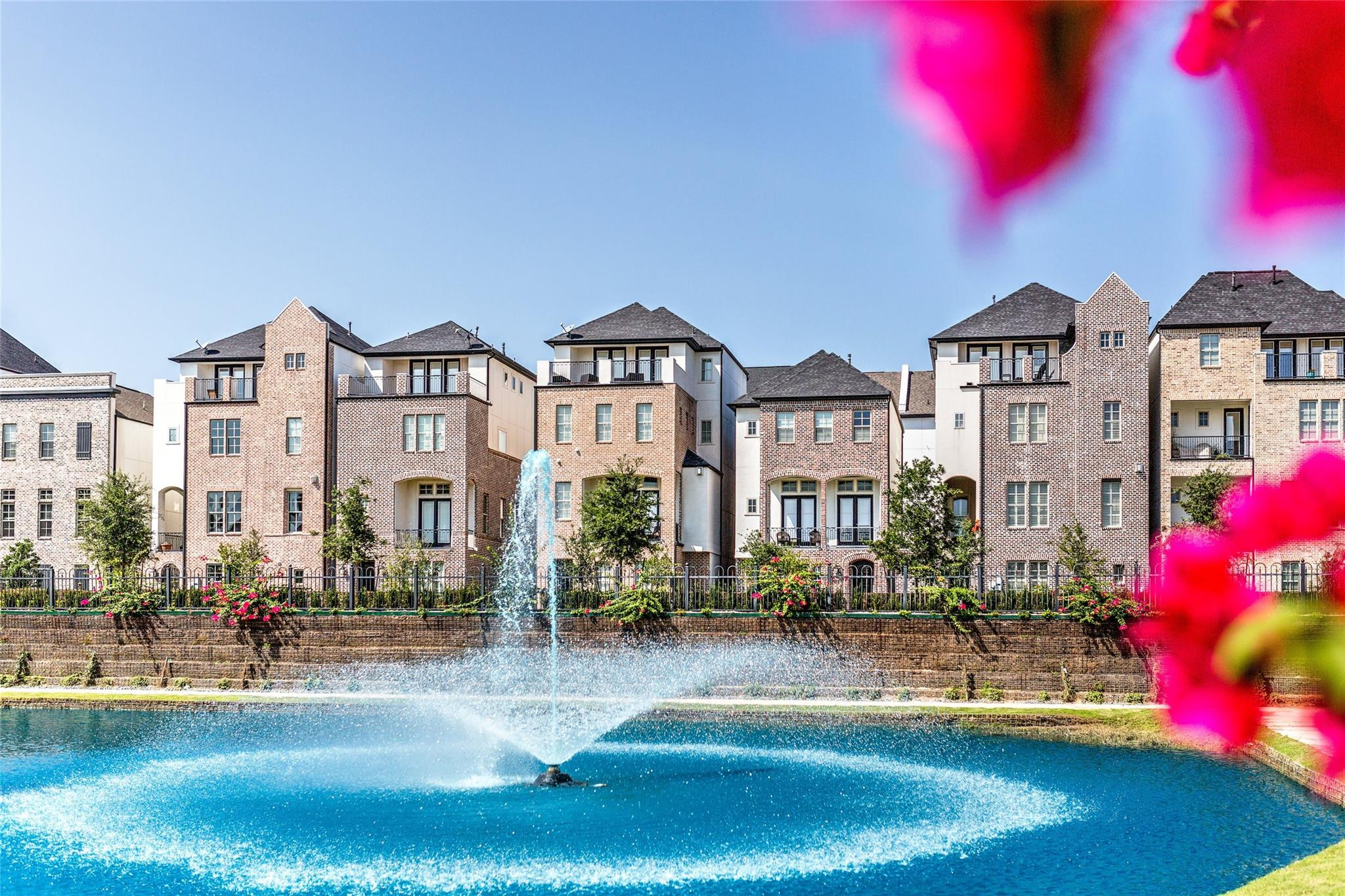 2023 Covent Garden Station Property Photo - Houston, TX real estate listing