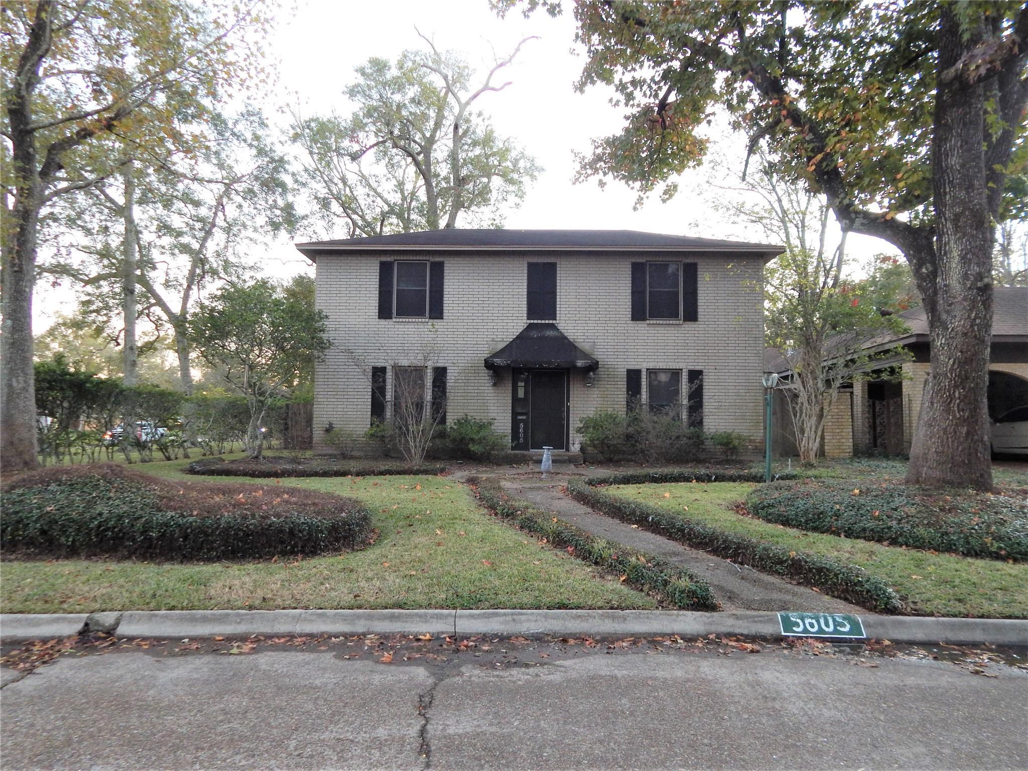 5605 Mistletoe Drive Property Photo