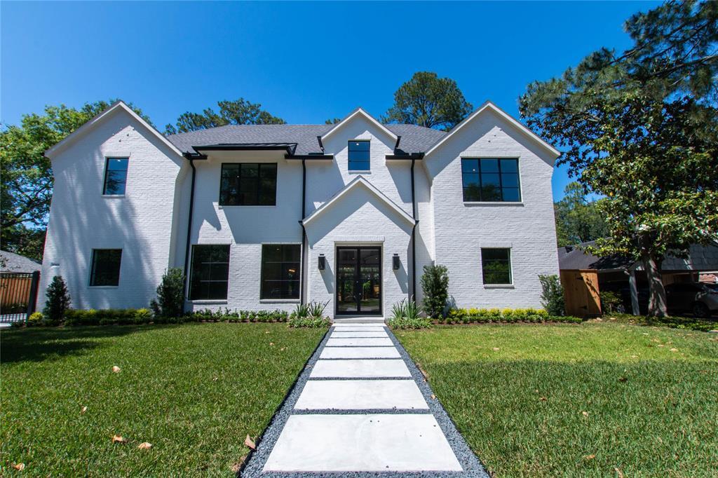 10906 Long Shadow Lane Property Photo - Hunters Creek Village, TX real estate listing