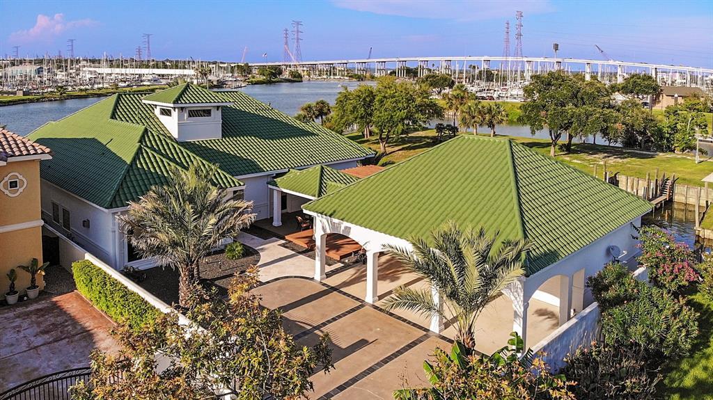 1 Harbor Lane, Kemah, TX 77565 - Kemah, TX real estate listing