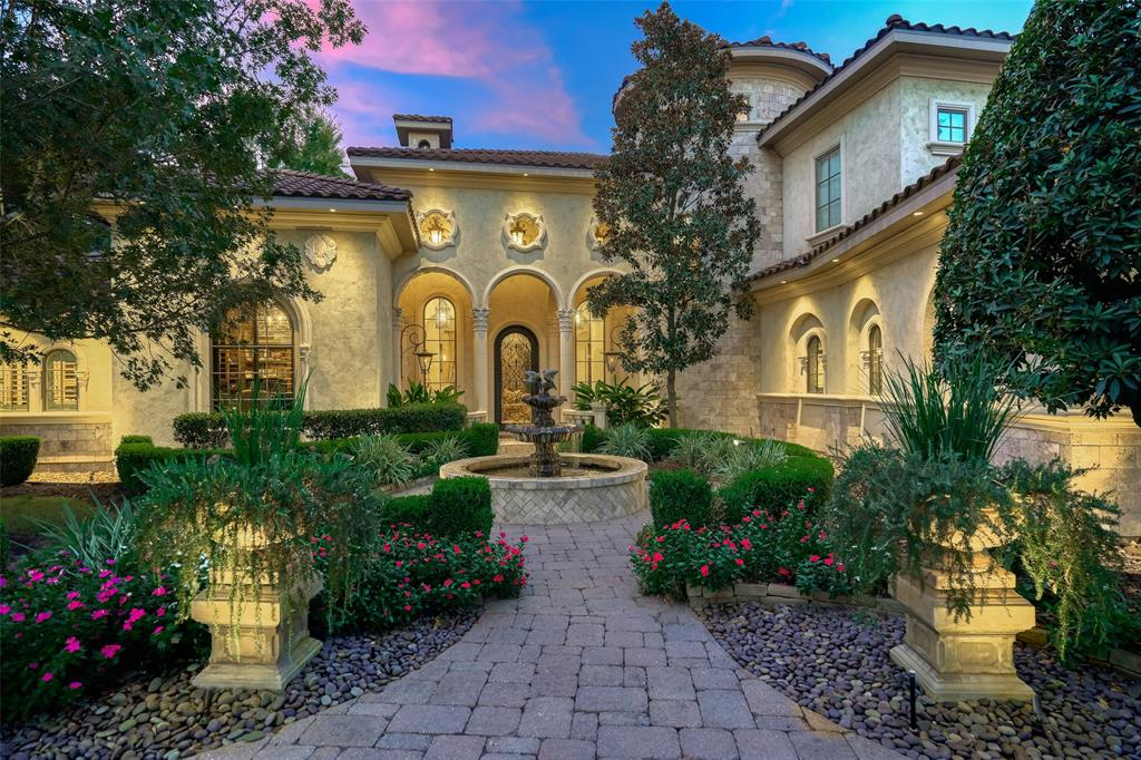 27 N Fazio Way Property Photo - The Woodlands, TX real estate listing