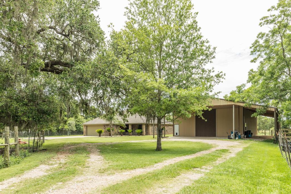6333 Fm 521 Road Property Photo