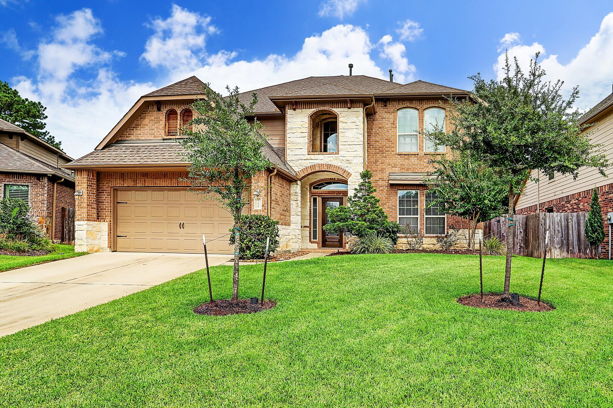 21018 Mystic Stone Drive Property Photo - Tomball, TX real estate listing