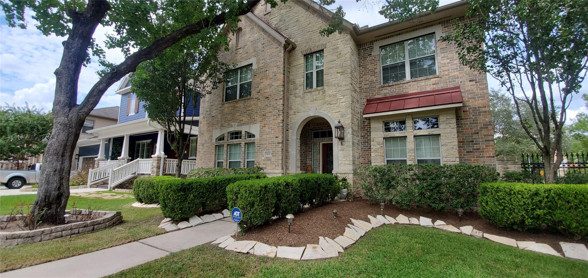 5400 Grand Lake Street Property Photo - Houston, TX real estate listing
