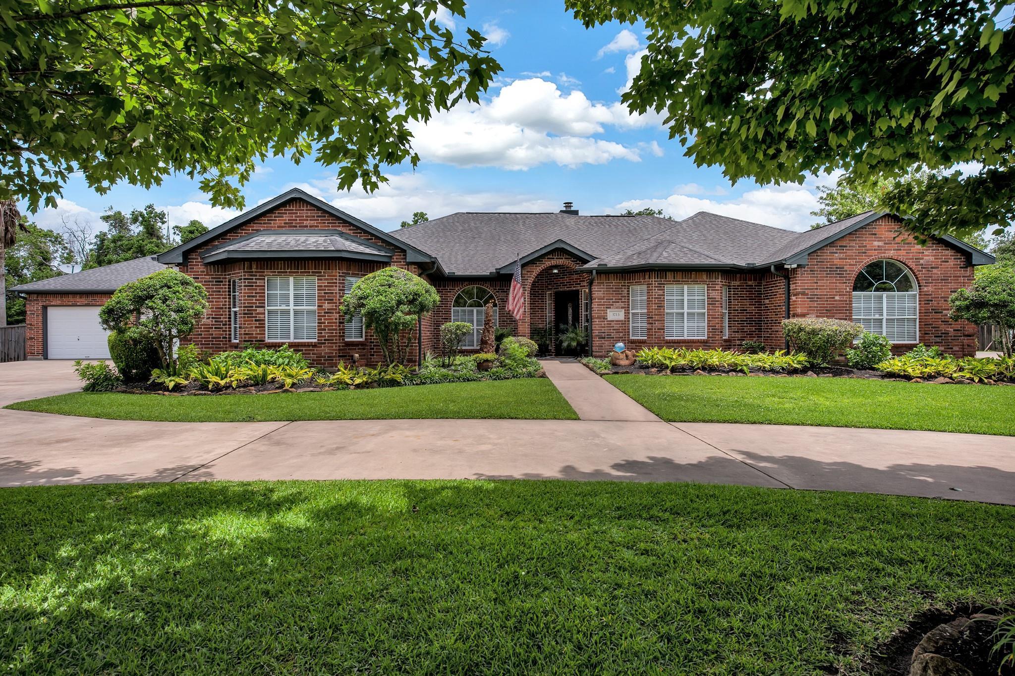 3713 Kellner Road Property Photo