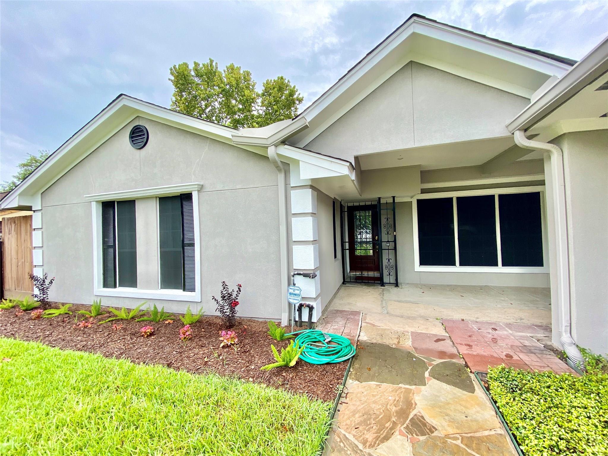 919 Pilot Point Drive Property Photo - Houston, TX real estate listing