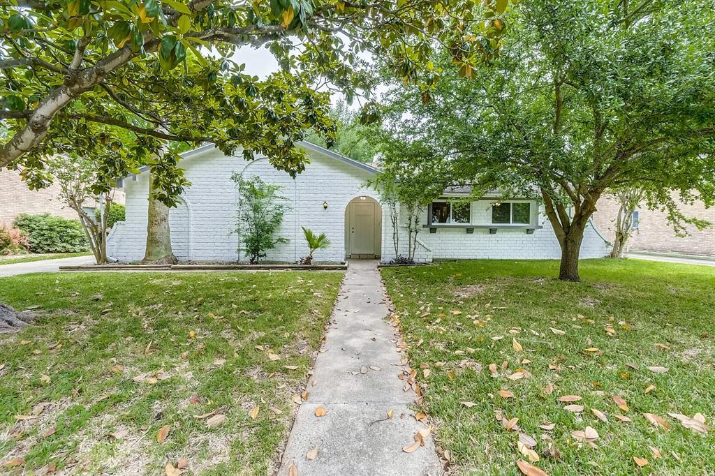 6111 Lugary Drive, Houston, TX 77036 - Houston, TX real estate listing