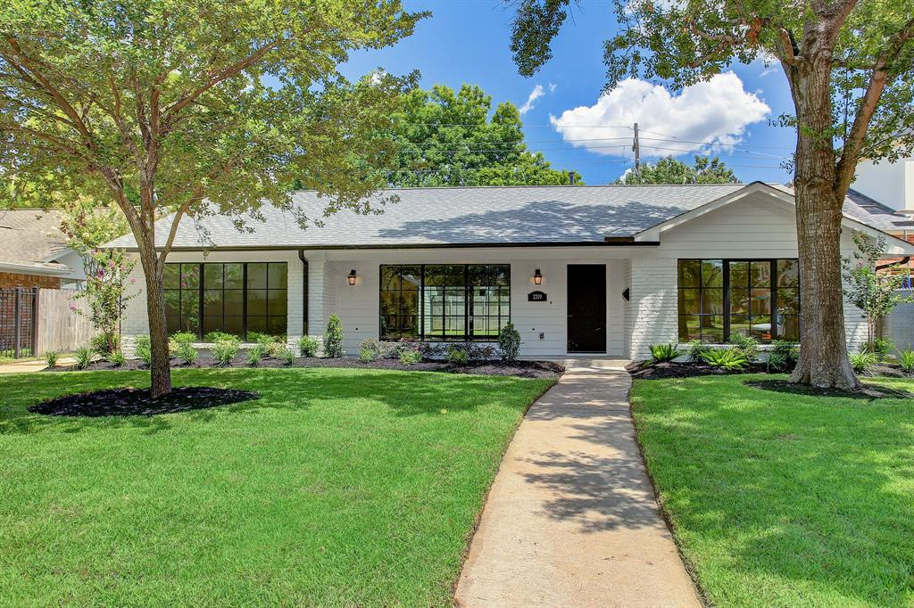 2319 Briarhurst Drive Property Photo