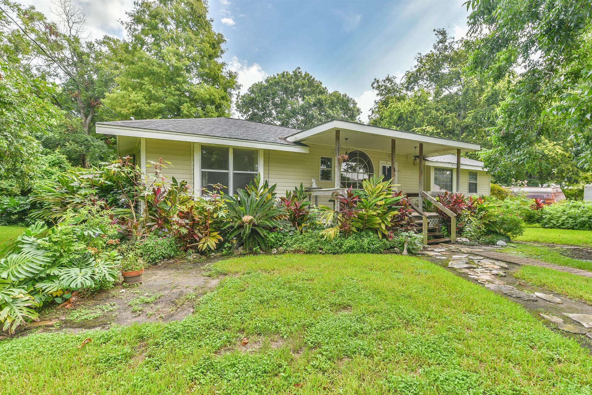 5119 Sycamore Avenue Property Photo - Pasadena, TX real estate listing