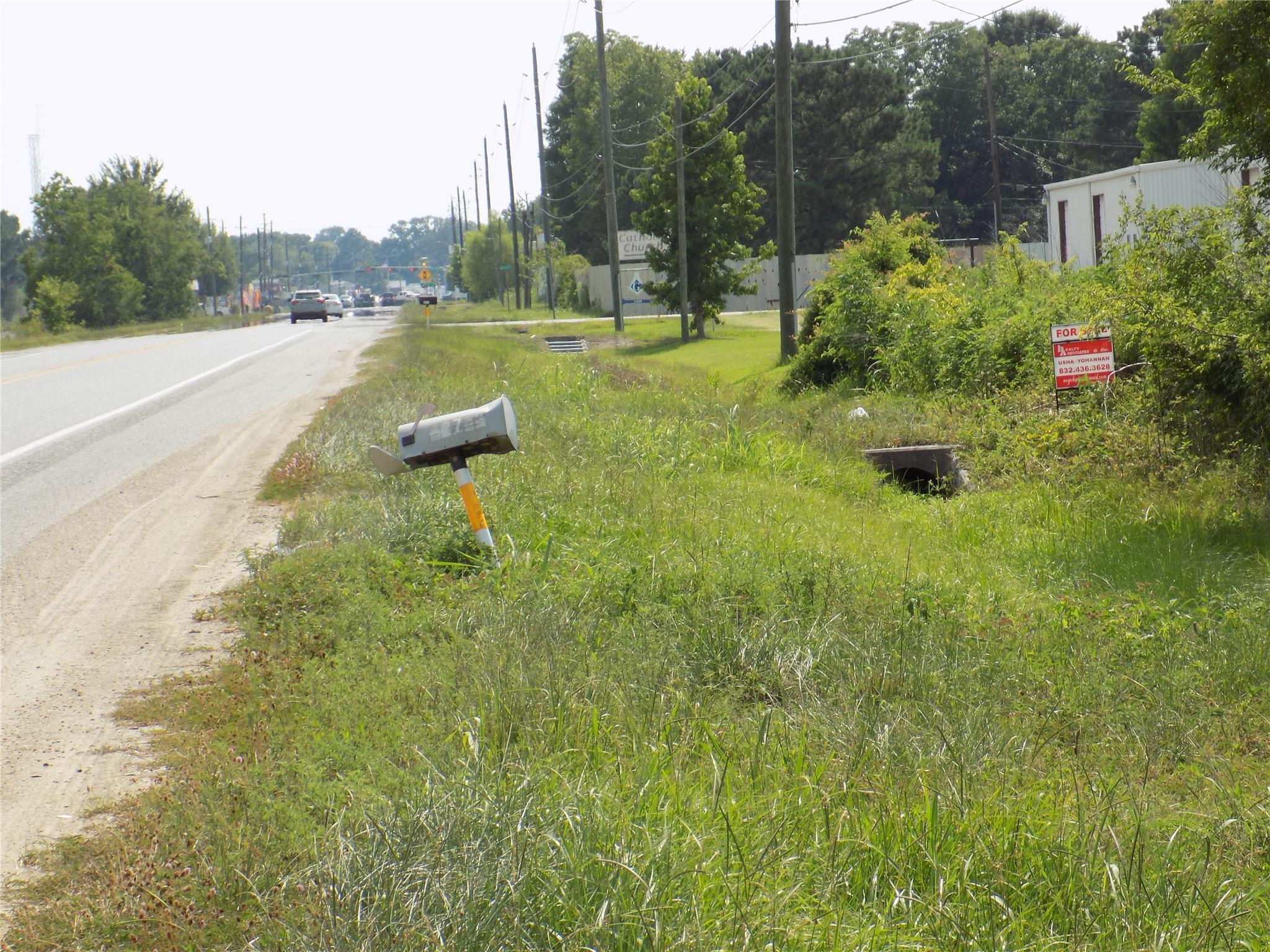 12733 Fm 1960 E Road Property Photo