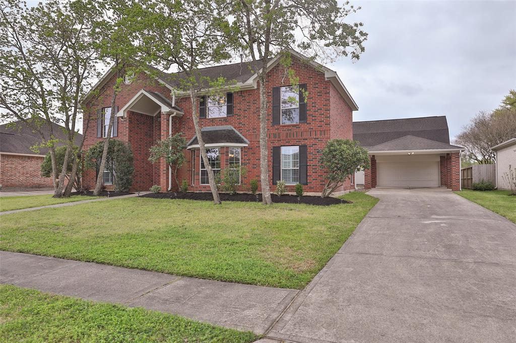 2301 Winecup Lane, League City, TX 77573 - League City, TX real estate listing