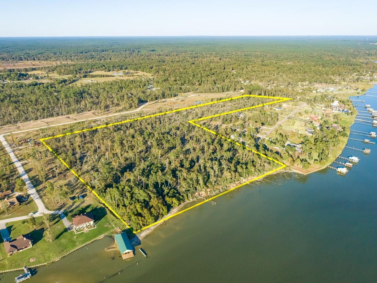 00 Emerald Lane Property Photo - Onalaska, TX real estate listing
