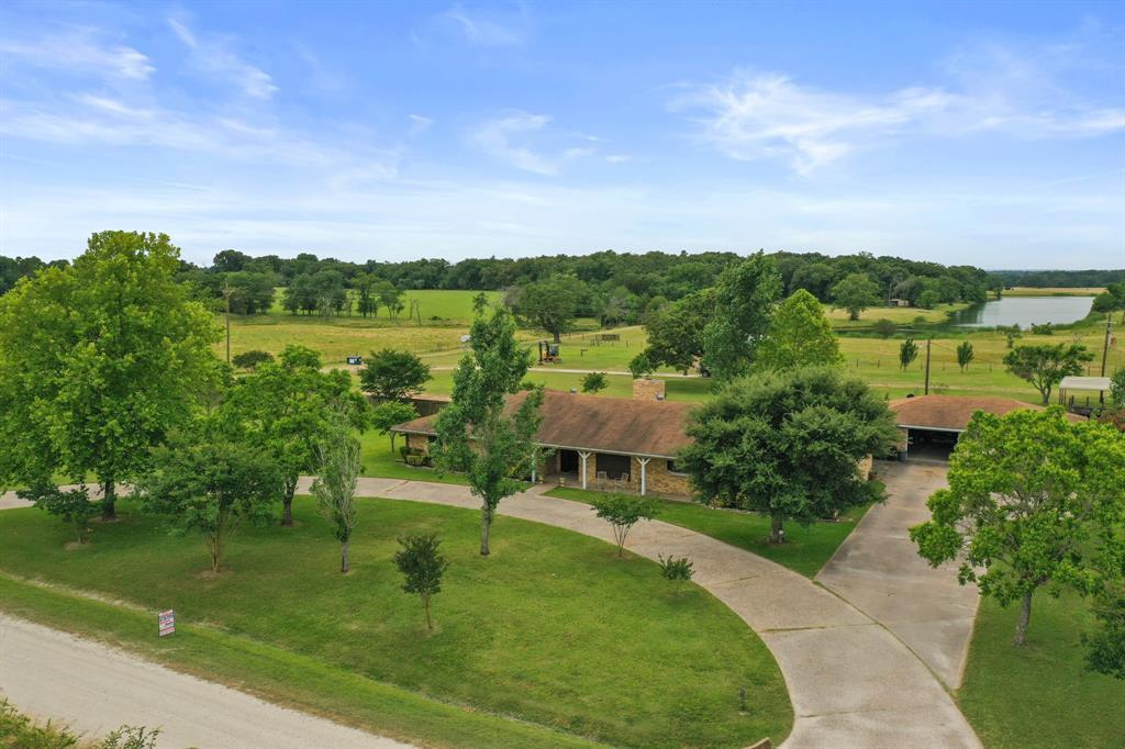 5289 Greenbriar Road Property Photo - Madisonville, TX real estate listing