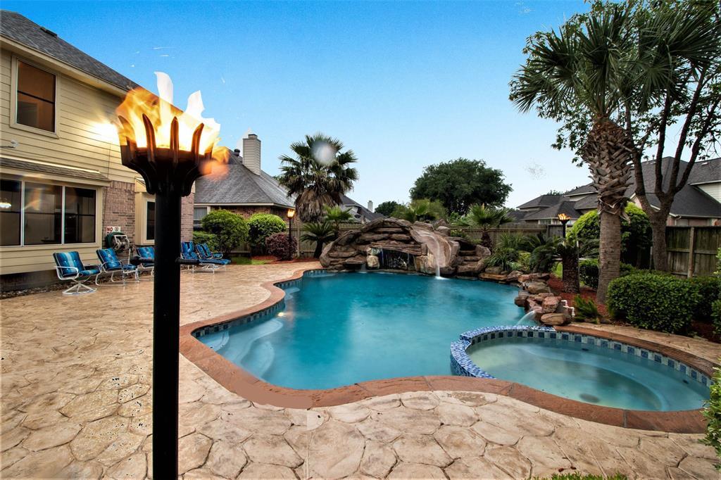 602 Wheelhouse Drive Property Photo - Stafford, TX real estate listing