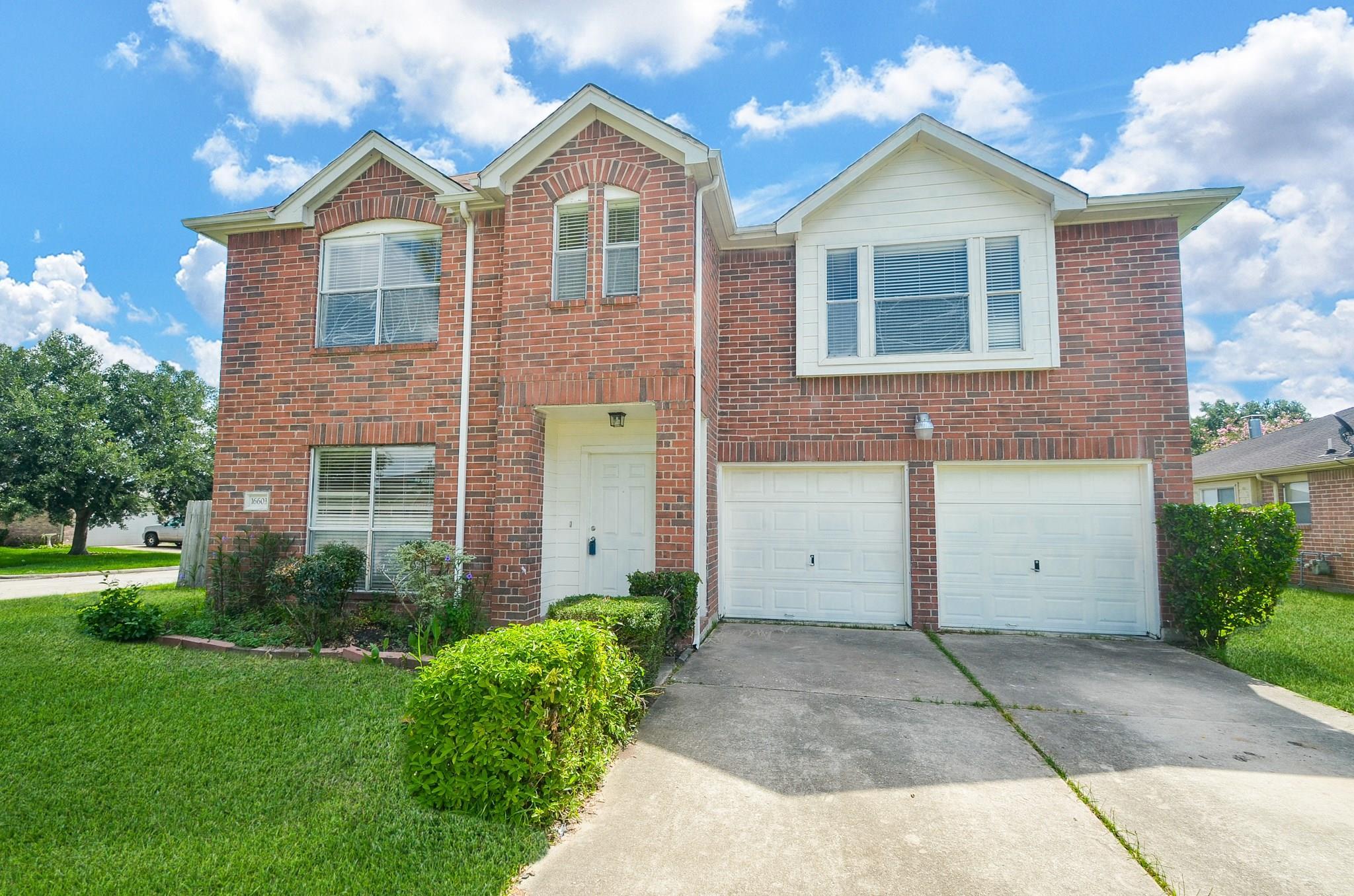 16603 E Ridgewalk Drive Property Photo - Houston, TX real estate listing