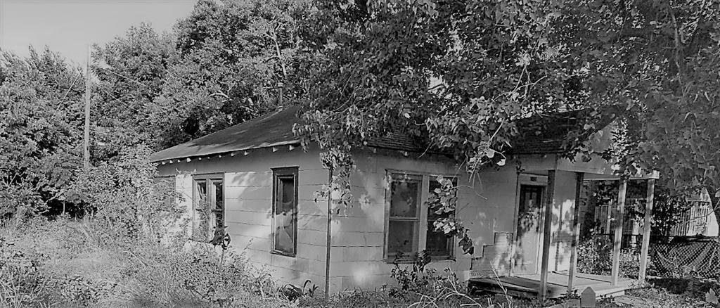 1108 Archer Street Property Photo 1