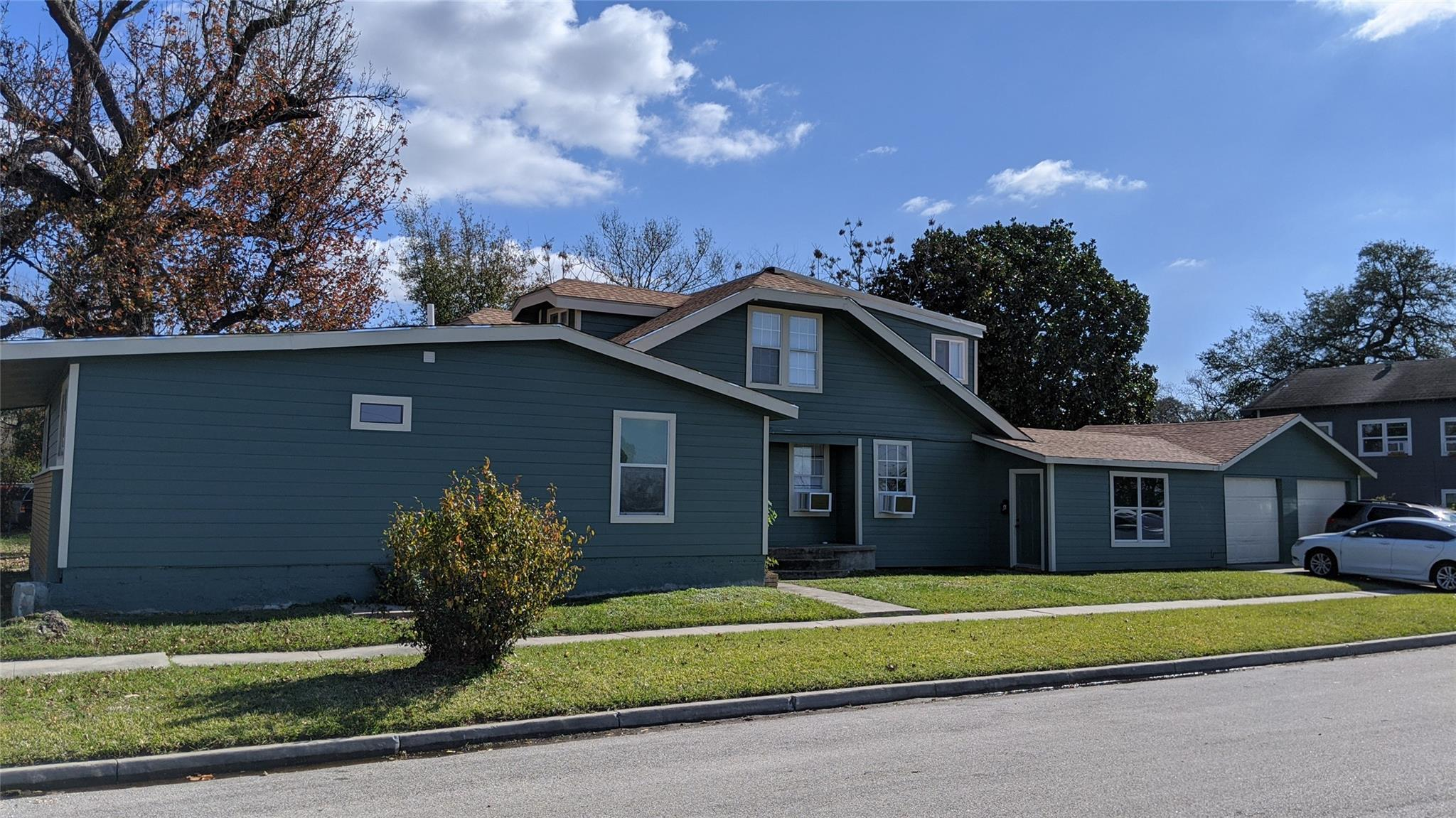 3419 Illinois Street Property Photo - Baytown, TX real estate listing