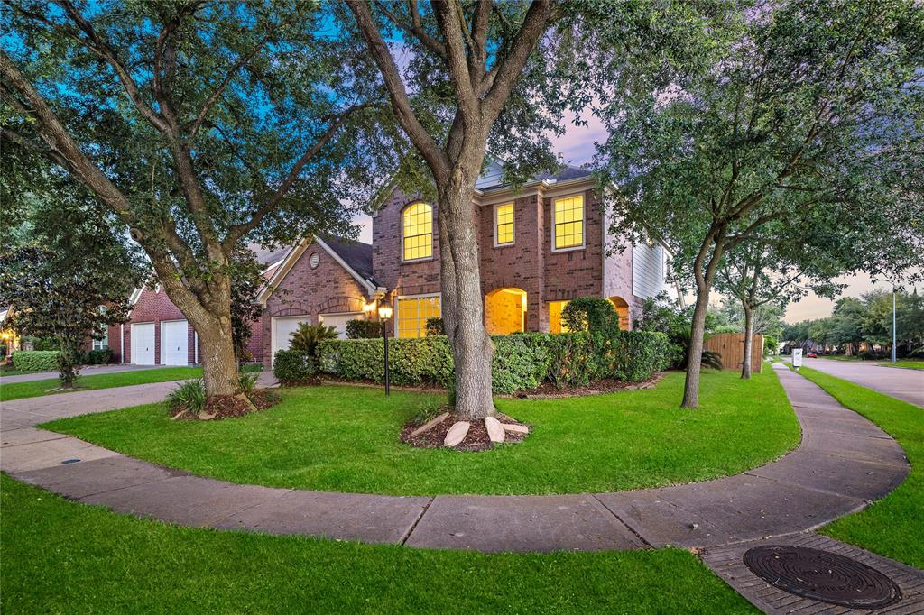 12402 Shady Downs Drive Property Photo - Houston, TX real estate listing