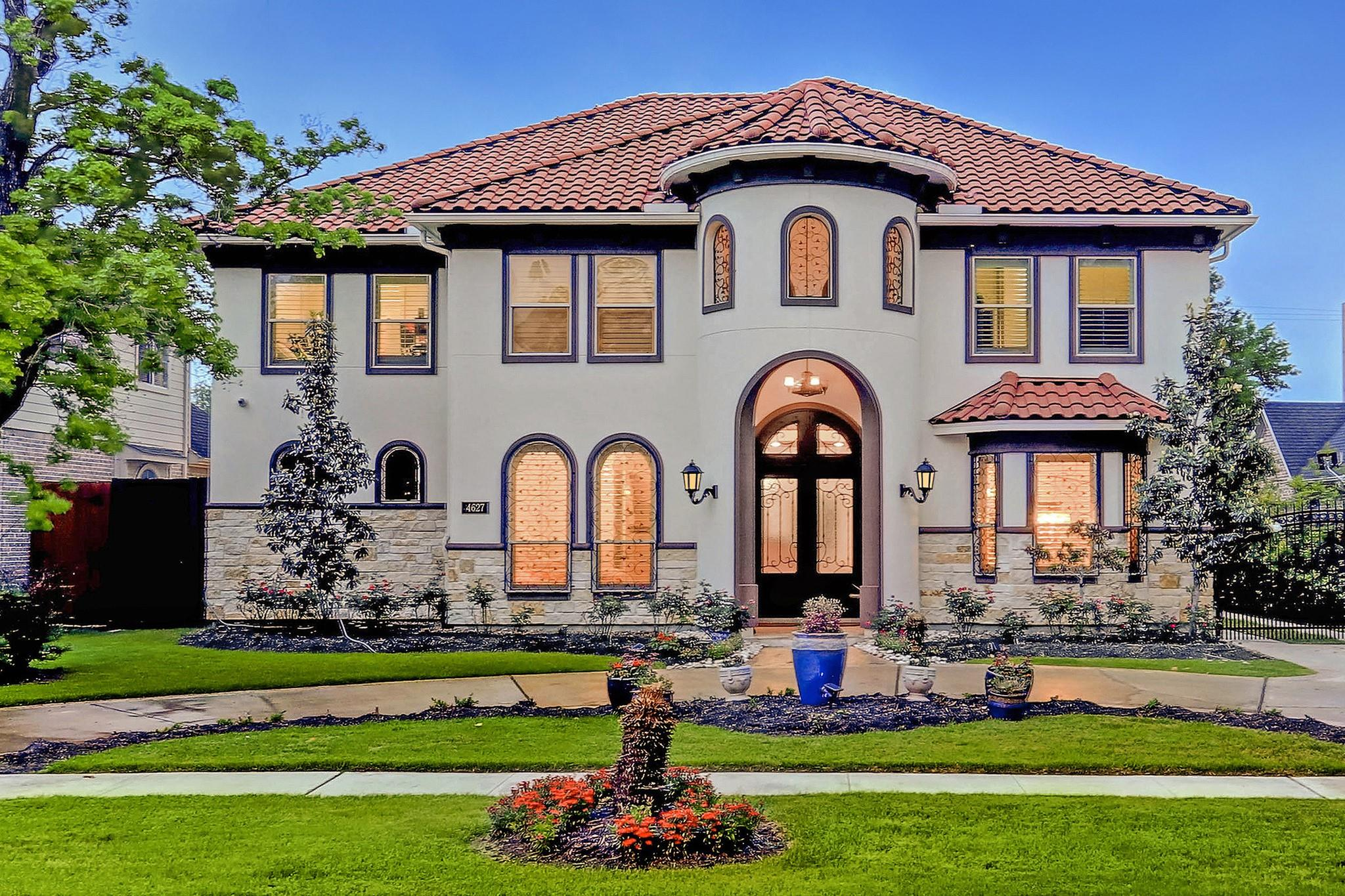 4627 Oakdale Street Property Photo