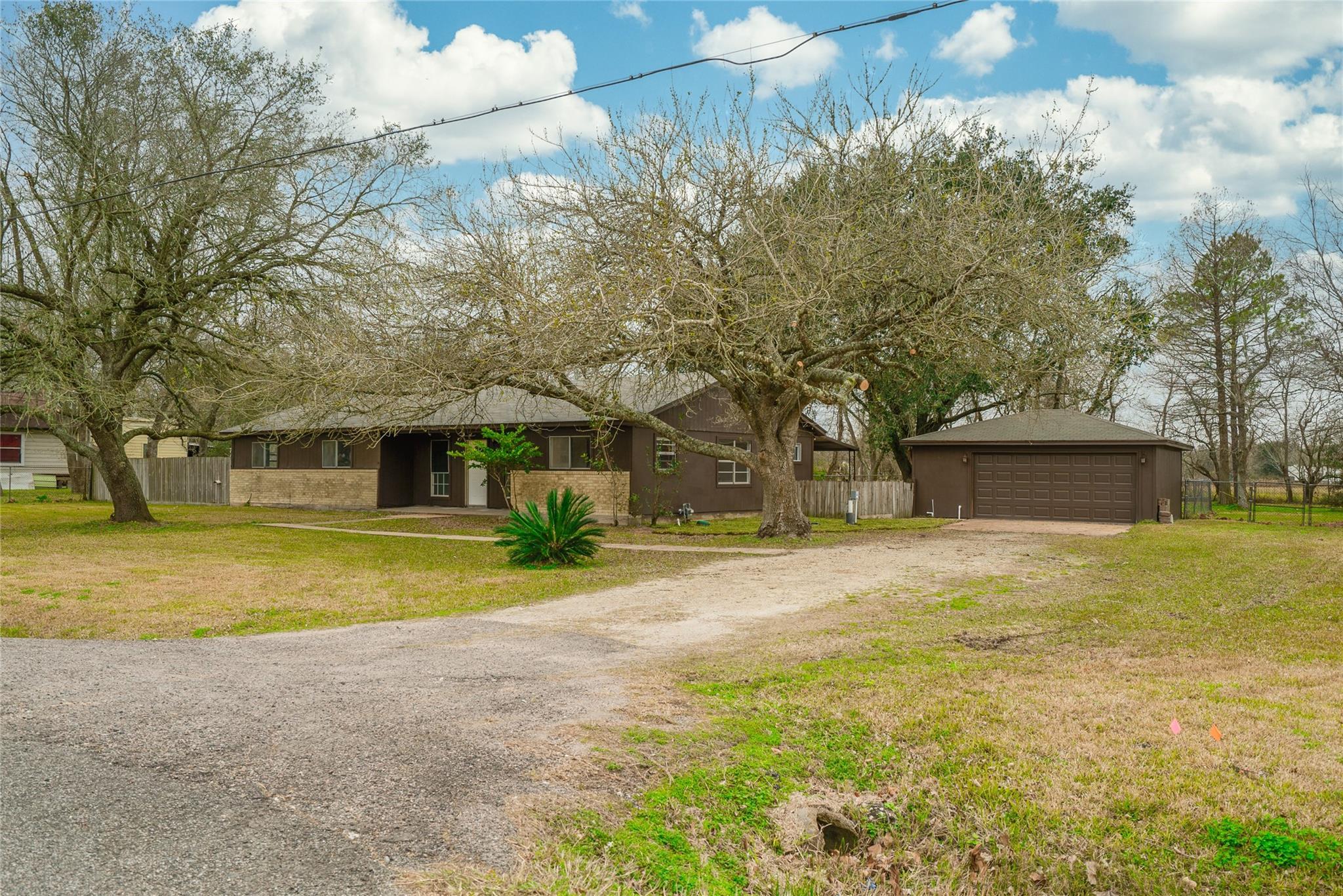 12806 Sunbrook Drive Property Photo - Brookside, TX real estate listing