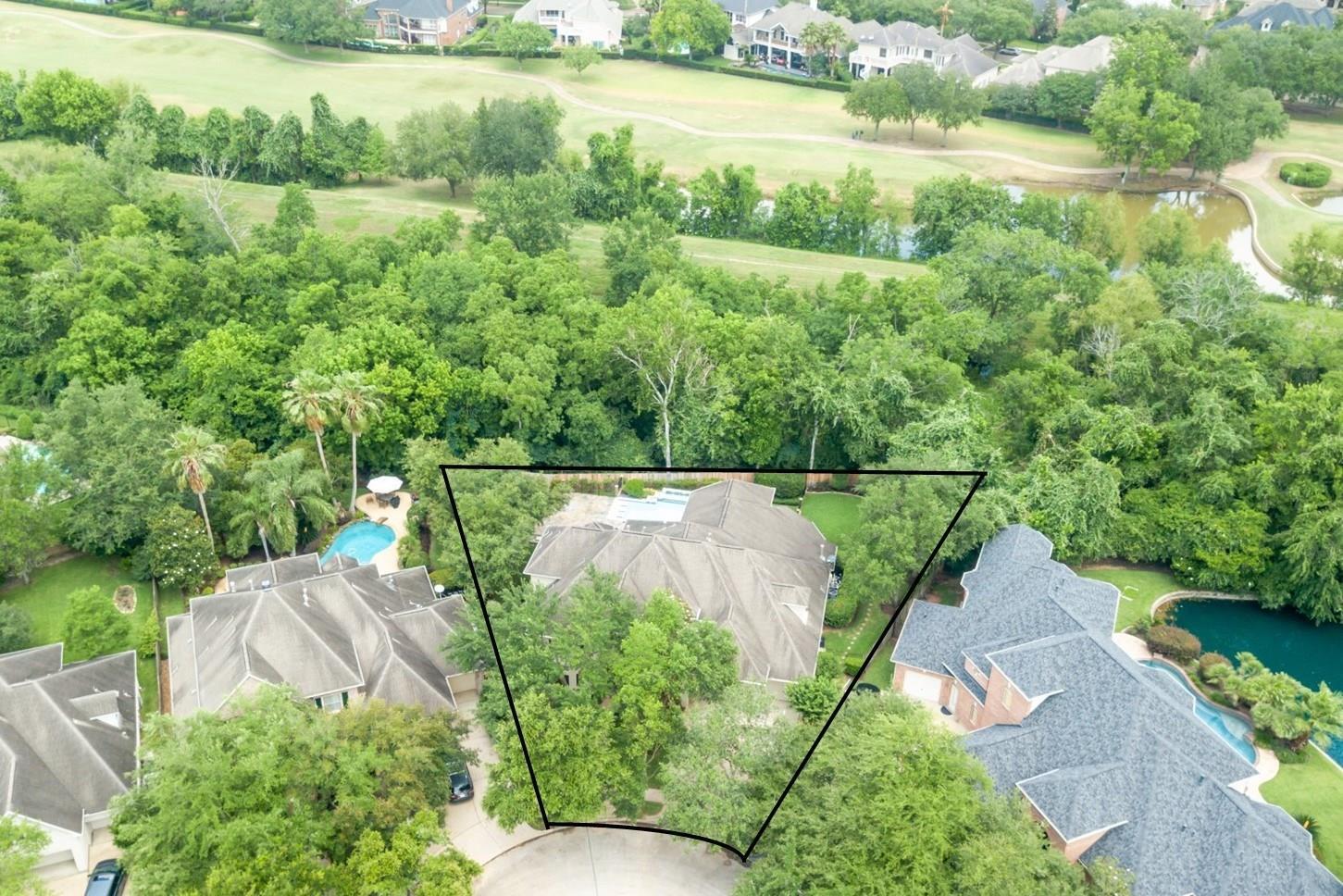 5006 Regency Drive Property Photo