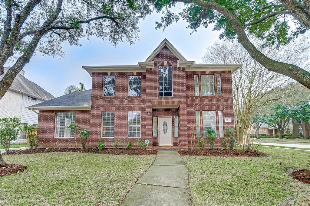 5215 Barton Creek Drive, Pasadena, TX 77505 - Pasadena, TX real estate listing