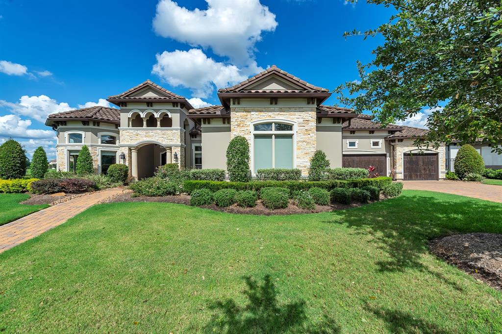 5035 Water View Bend Property Photo - Sugar Land, TX real estate listing