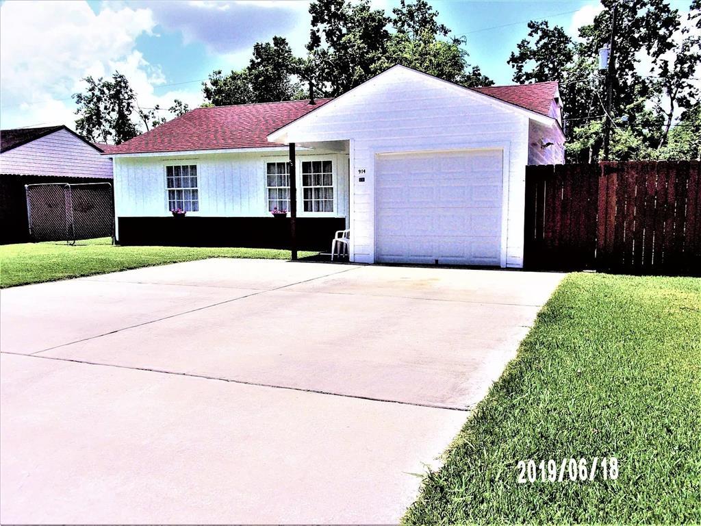 914 Longley Street Property Photo - South Houston, TX real estate listing