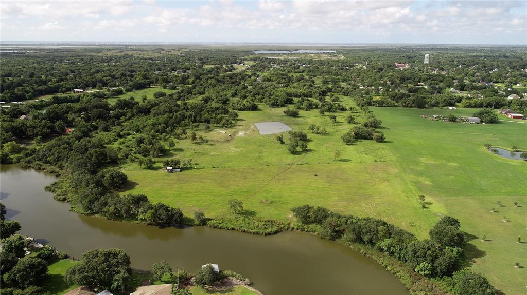 6100 Terrebonne Road Property Photo - Hitchcock, TX real estate listing