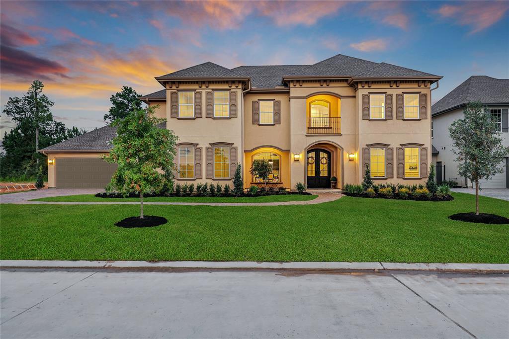 2119 Coach Street Property Photo - Conroe, TX real estate listing
