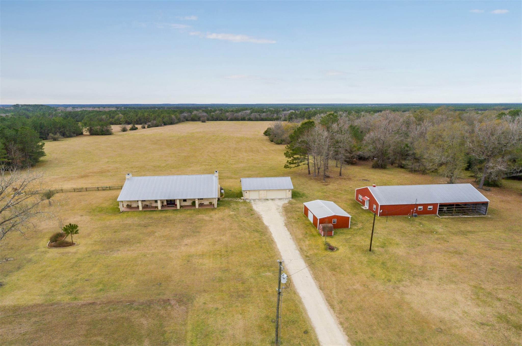 565 Towns Cemetery Road Property Photo - Livingston, TX real estate listing