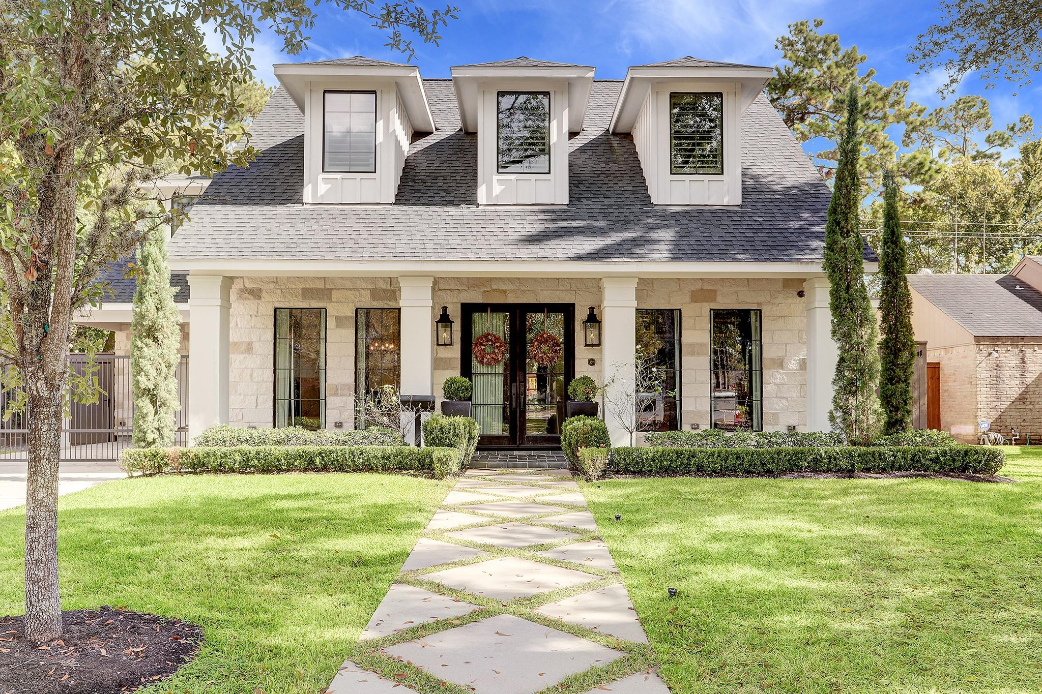 2315 Briarpark Drive Property Photo - Houston, TX real estate listing