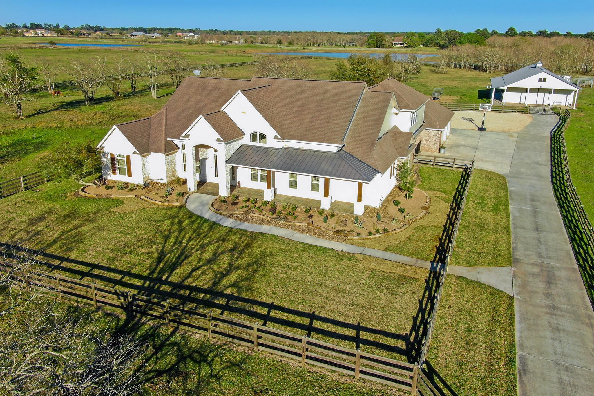 20102 Nichols Road Property Photo