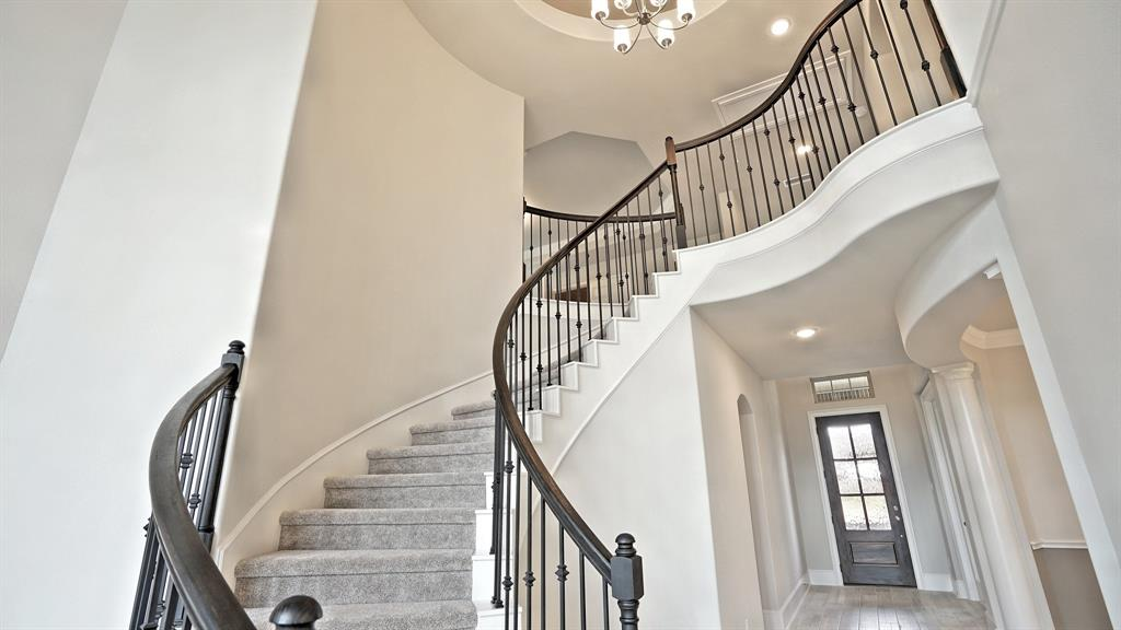 15806 Sunlit Falls Drive, Humble, TX 77346 - Humble, TX real estate listing