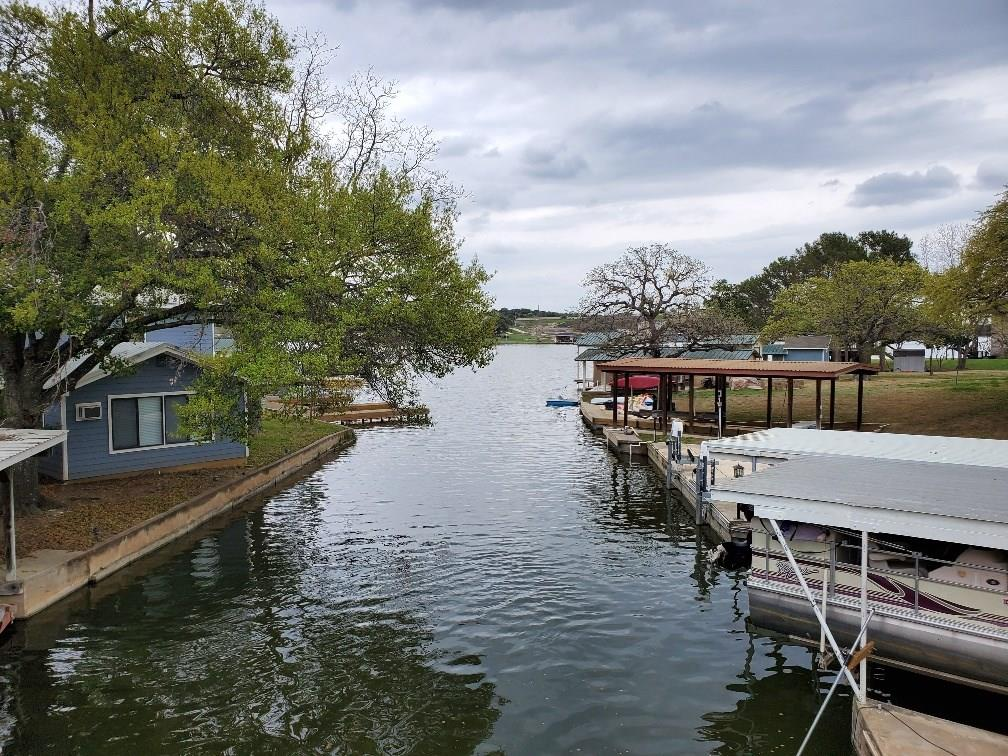 607 Cove Circle Property Photo - Granite Shoals, TX real estate listing
