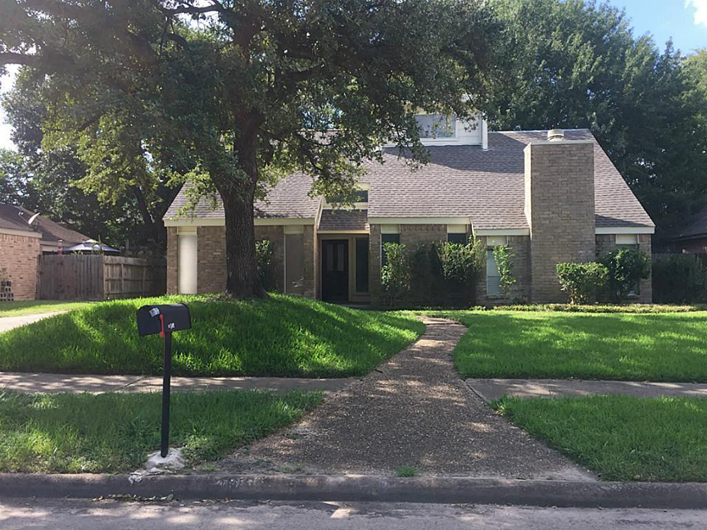 10318 Golden Sunshine Drive Property Photo - Houston, TX real estate listing