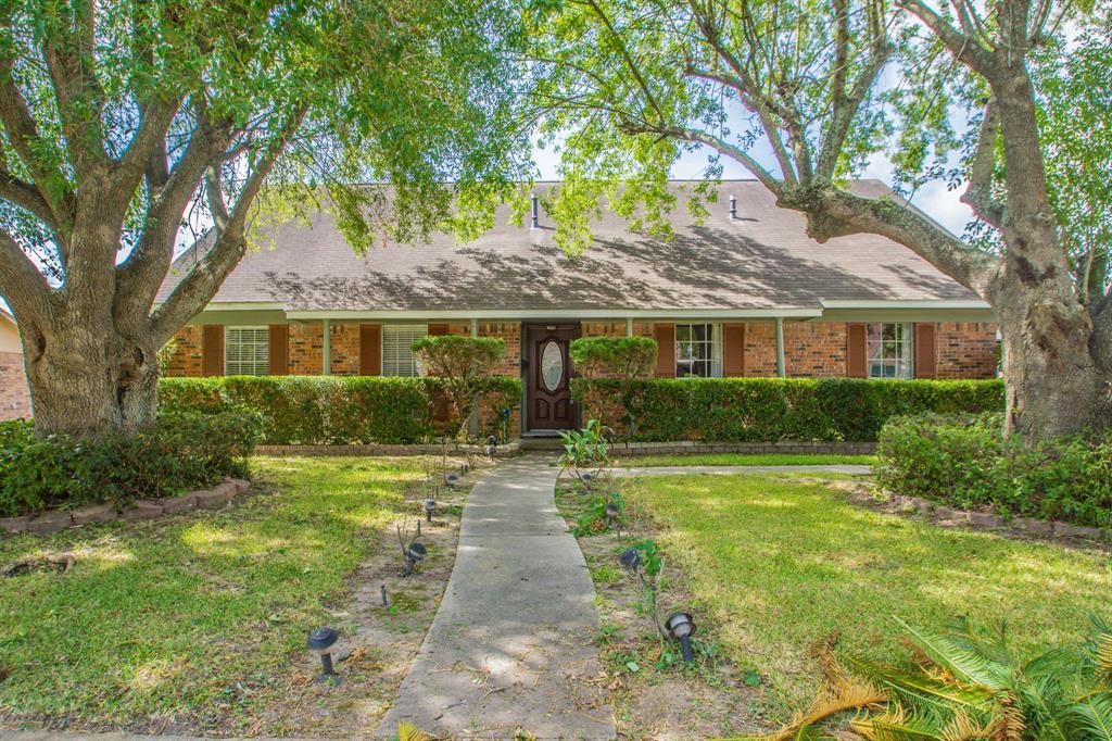 3904 Ecuador Drive, Pasadena, TX 77504 - Pasadena, TX real estate listing