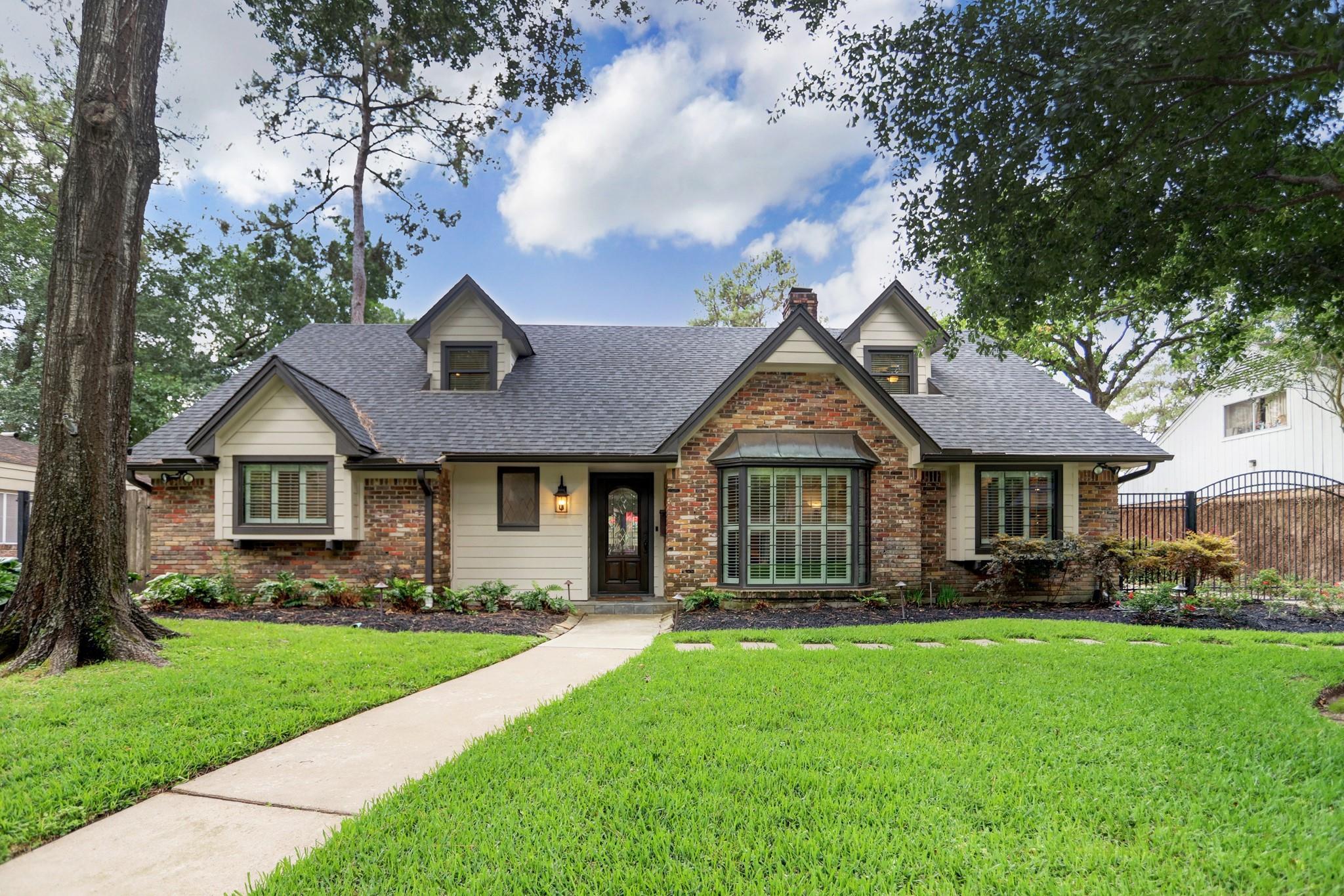 10015 Lynbrook Drive Property Photo