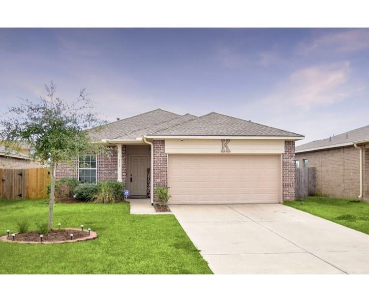 879 Driftwood Lane Property Photo - La Marque, TX real estate listing