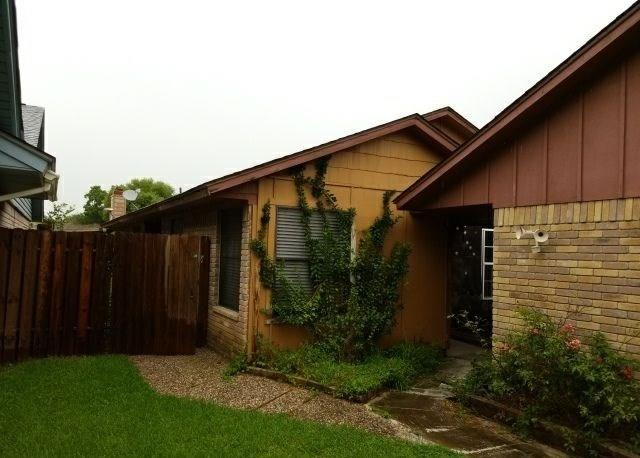 102 Balboa Court Property Photo - Victoria, TX real estate listing