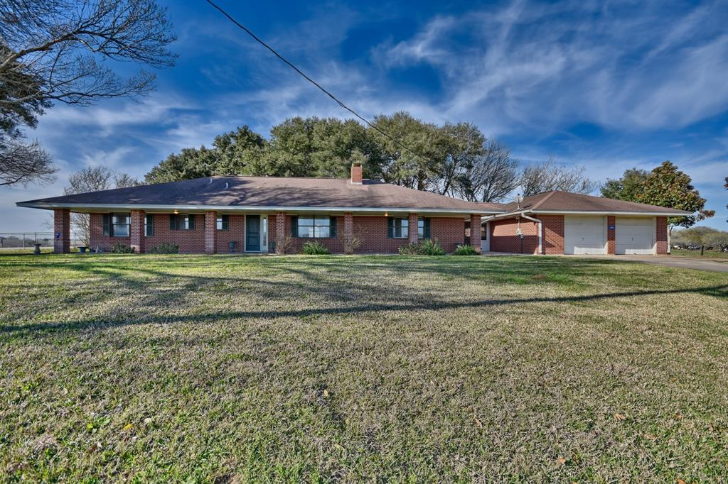 2295 Travis Rd, Bellville, TX 77418 - Bellville, TX real estate listing