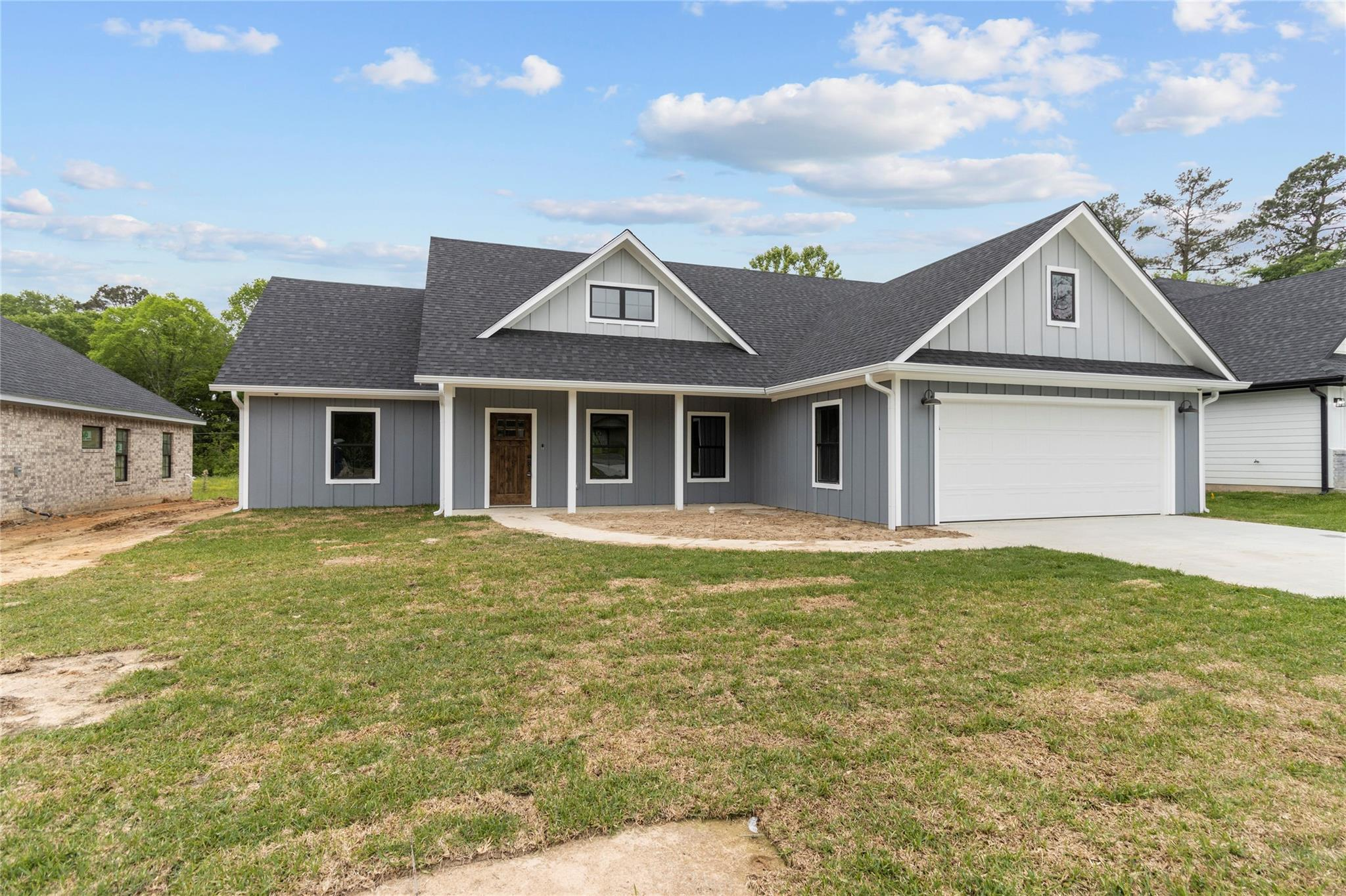 303 Brentwood Drive Property Photo - Lufkin, TX real estate listing