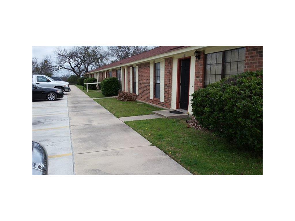 1311 Central Tx Expressway Property Photo - Lampasas, TX real estate listing