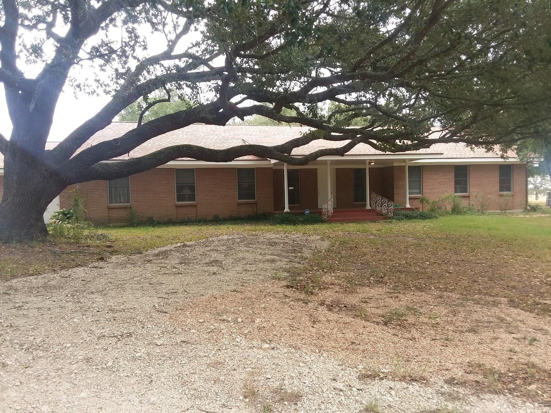 7722 County Road 179 Property Photo - Richards, TX real estate listing