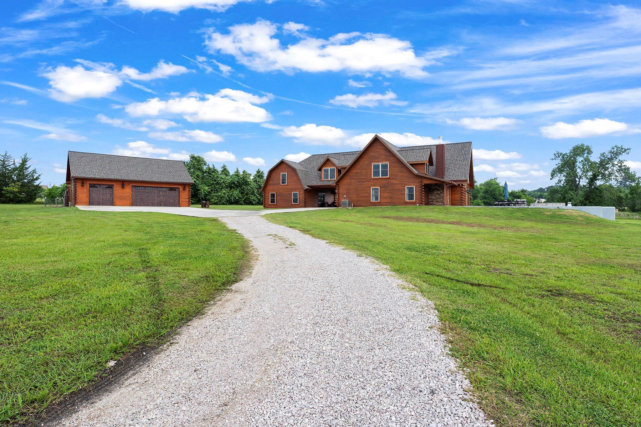 10168 Shepard Hill Road Property Photo