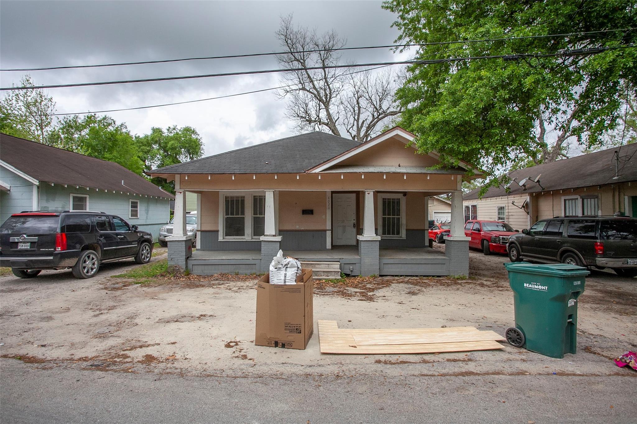4030 Howard Street Property Photo 1