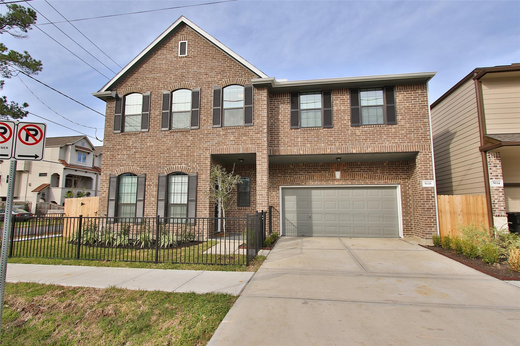 5618 Schuler Street Property Photo - Houston, TX real estate listing