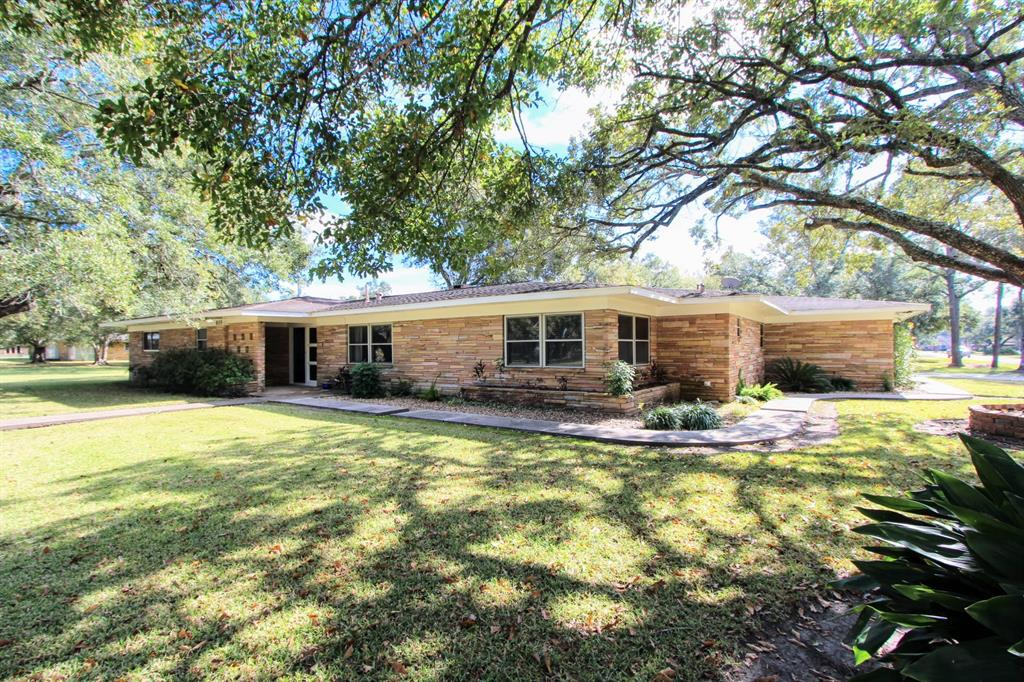 805 Donald Street, El Campo, TX 77437 - El Campo, TX real estate listing