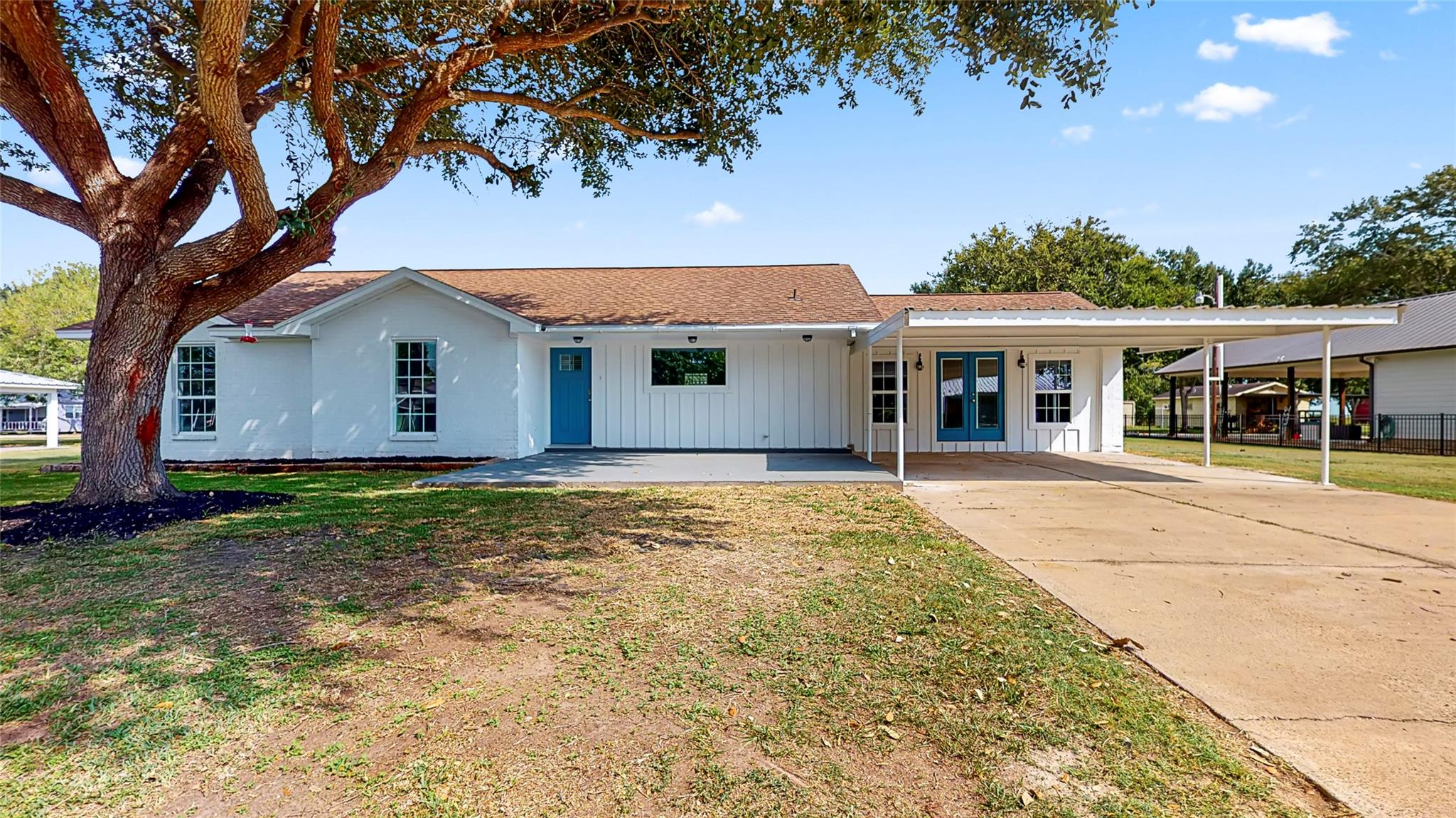 519 Trout Street Property Photo - Palacios, TX real estate listing